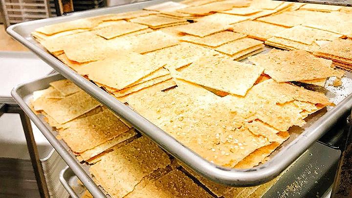 走過半世紀 老餅舖米香新滋味