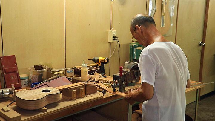 烏克麗麗 逾半世紀製琴工藝