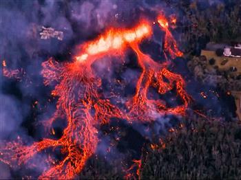 熔岩爆炸危機