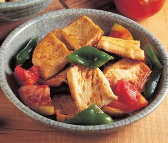 番茄青椒炒豆腐