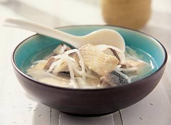 酸筍絲虱目魚湯