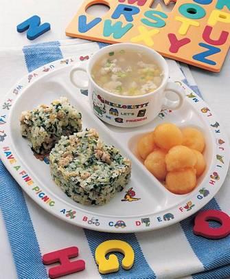 翡翠炒飯&雞茸玉米湯&水果球