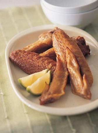 茶香燻鳳翅